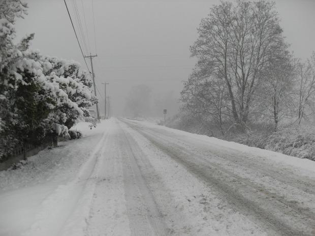 snow-245285_1280