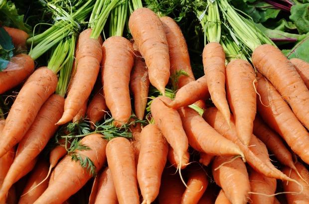 carrots-366191_1280